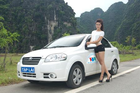 Những lưu ý cho người mới học lái ô tô