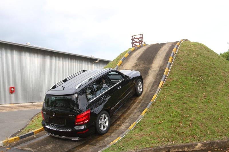 Kinh nghiệm học lái xe ô tô b2