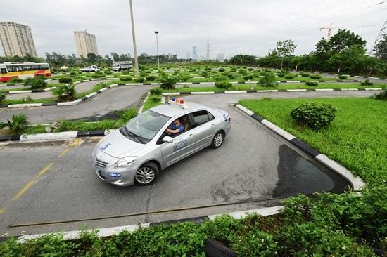 Kỹ thuật thi bằng lái xe ô tô hạng b2