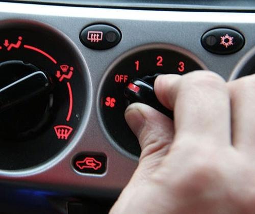 mẹo lái xe ô tô tiết kiệm xăng