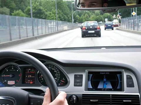Học lái xe ô tô hạng B1, B2, C Cầu Giấy, Hà Nội