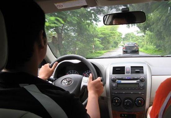 kinh nghiệm lái xe số sàn