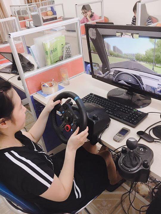 học lái xe mô hình